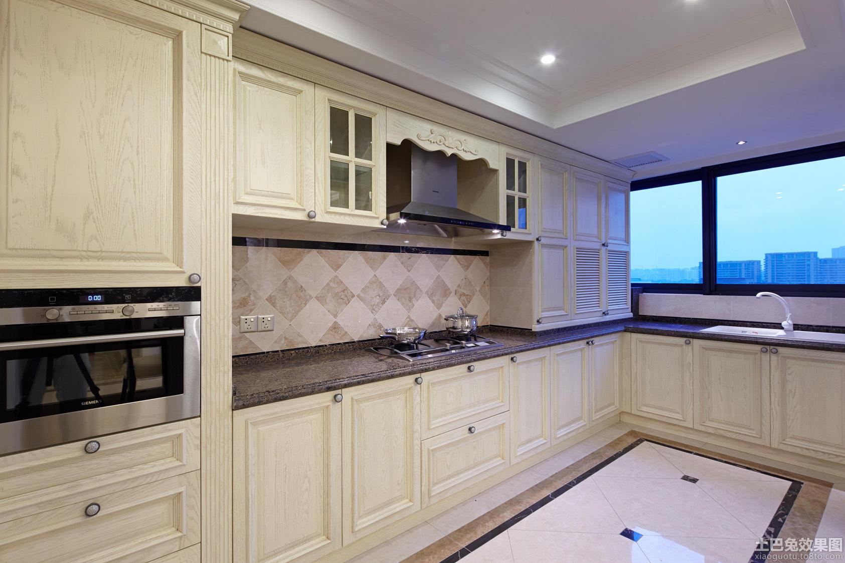 家庭厨房欧式实木橱柜图片大全装修效果图_第3张图片