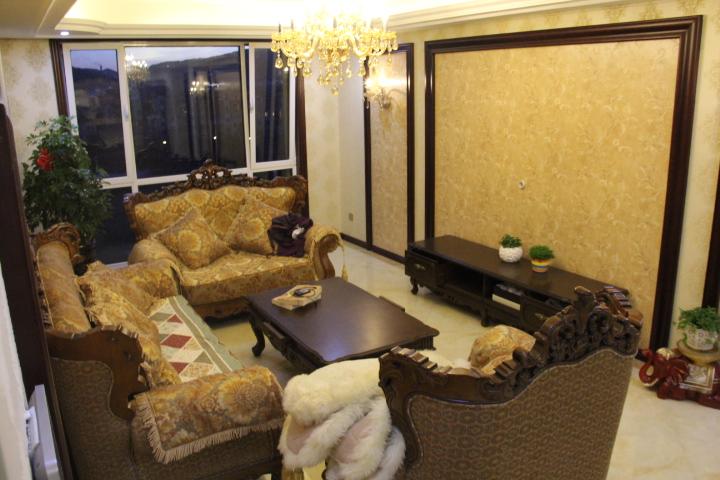 欧式新古典风格客厅电视背景墙装修效果图装修效果图
