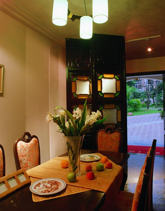混搭风格餐厅装饰图片