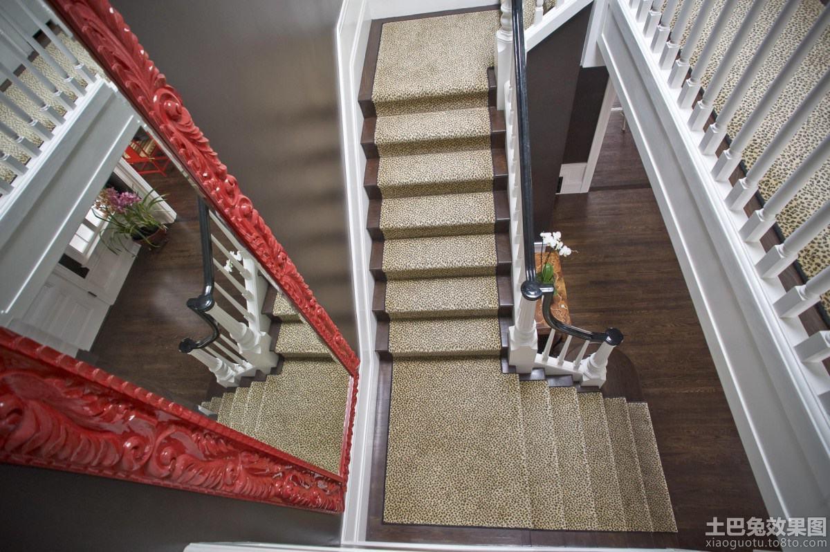 欧式别墅楼梯间设计效果图装修效果图