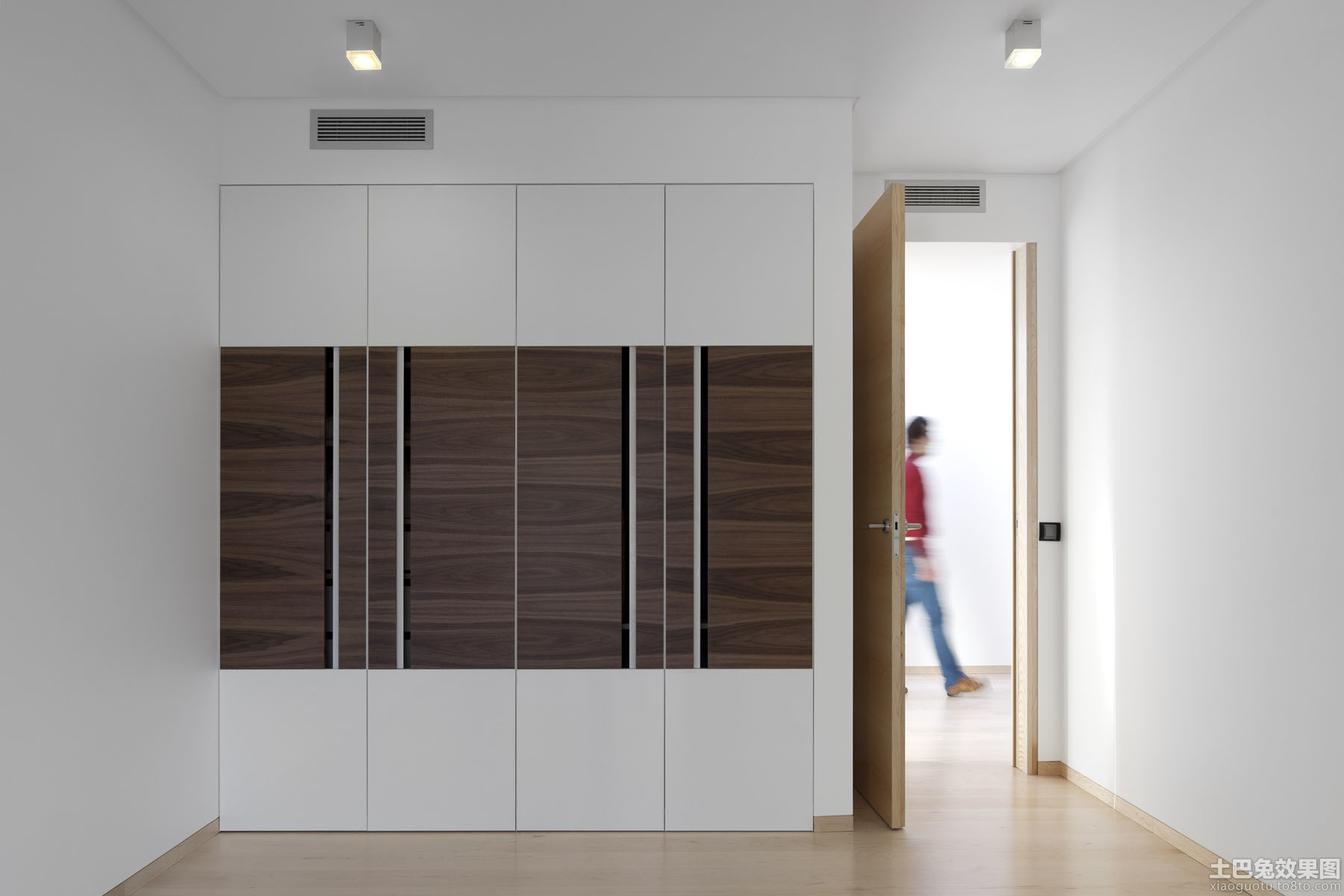 极简主义入墙式衣柜效果图装修效果图