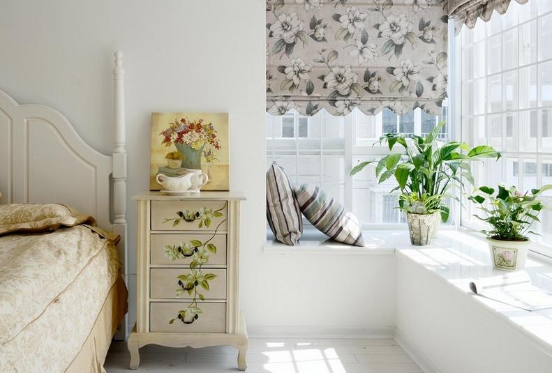 欧式卧室转角飘窗图片装修效果图