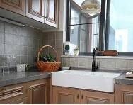 簡約小廚房實木櫥柜裝修設計
