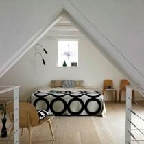 斜顶阁楼客厅沙发摆放装修效果图大全2013图片3
