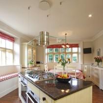 欧式厨房吧台装修设计图片8