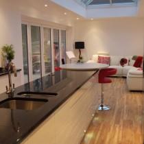 欧式厨房吧台装修设计图片4
