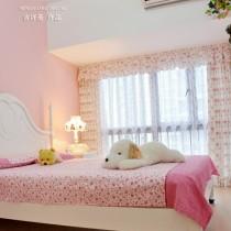 女生小卧室装修图7