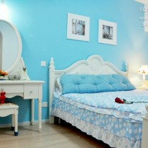 女生小卧室装修图1