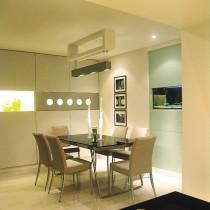 现代简约70平米小户型餐厅装修效果图5