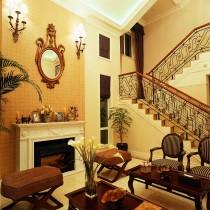 美式风格装修家庭餐厅吊顶效果图3
