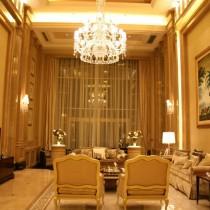 欧式别墅挑高客厅水晶吊灯设计2