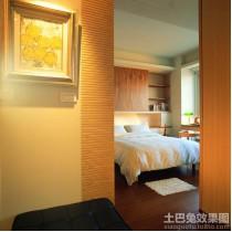 实木装修风格三室两厅客厅效果图3