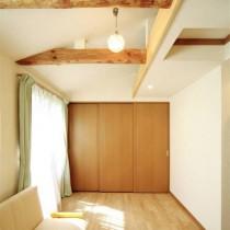 日式简约小户型装修餐厅效果图片3
