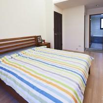 日式简约三房两厅装修效果图1