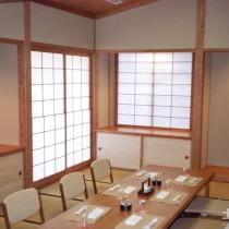 日式餐桌榻榻米装修图片3