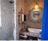 4平米冷色调小卫生间瓷砖装修效果图