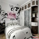 材质主要采用石膏板、乳胶漆、壁纸、复合木地板、地砖、黑胡桃面板等材质;在功能上追求时尚的同时首要满足