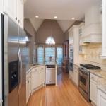 欧式风格开放式小厨房装修效果图