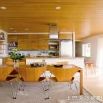 半开放式厨房实木橱柜效果图