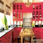 2013年厨房实木橱柜效果图欣赏