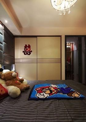 85平现代风婚房 黑白红完美融合 床头软包装修