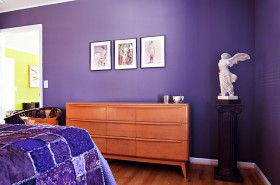 紫色背景墙床装修效果图