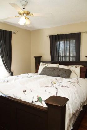 110平温馨三居卧室装修效果图