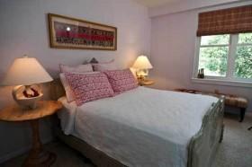 60平米公寓卧室装修效果图