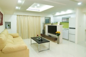 60平米客厅沙发装修效果图