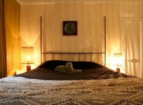 卧室背景墙装修效果图309