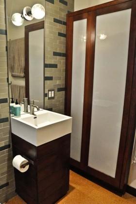 110平卫生间洗手台装修效果图