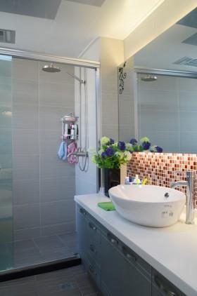 婚房浴室柜装修效果图31
