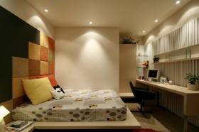 140平三居卧室装修效果图38