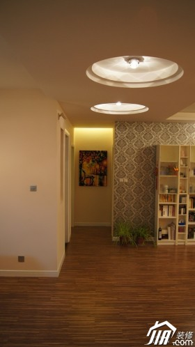 原木色壁紙燈具裝修效果圖384