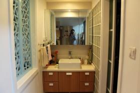 婚房卫生间洗手台装修效果图151