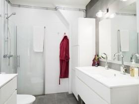 100平公寓洗手间装修效果图