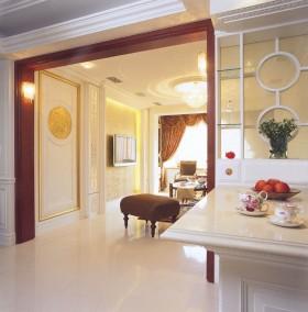 优雅气韵欧式古典 新古典风二居室老房装修