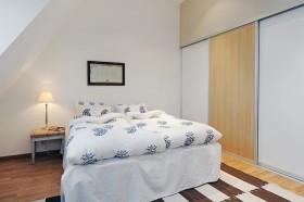 110平公寓卧室装修效果图