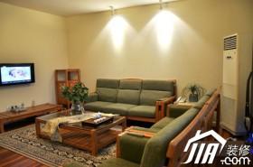 客厅装修效果图215