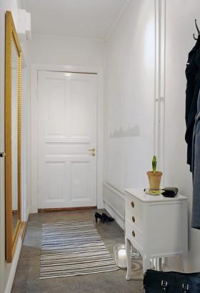40平公寓门厅装修效果图1
