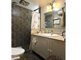 东南亚风格浴室柜装修效果图3