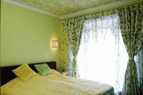 现代简约风舒适卧室装修效果图34