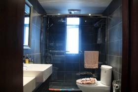 三居室卫生间装修效果图73