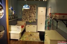 白色略带些欧式风格的家具并不可怕,只要室内的颜色能够做到错落有致。