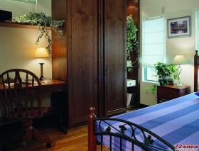 清新的田园风格装修,卧室体现着一种温馨的感觉。