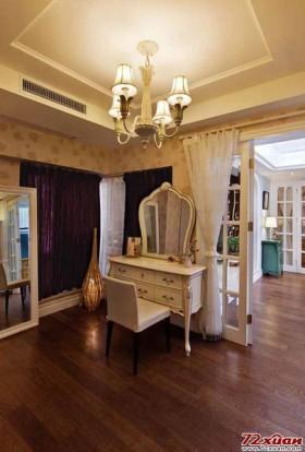 别墅梳妆台超豪华欧式房的大家风范