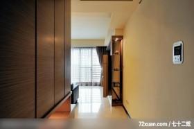 权释_32_台北县,艺堂室内设计,李燕堂,走道,垫高地板,展示柜,阳台落地窗,收纳柜,