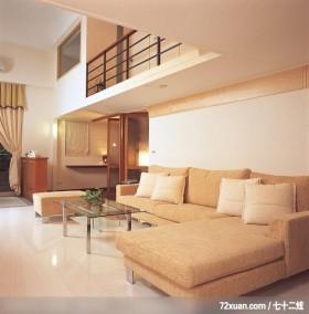 简洁、灵活的现代家居,龙发,董文斌,客厅,造型沙发背墙,挑高设计,拉门,矮柜,