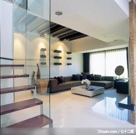 给小孩子充分的空间,龙发,郝国伟,客厅,玻璃隔间,造型楼梯,造型天花板,造型沙发背墙,阳台外推,