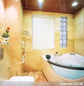 实用为本舒适为怀,龙发,卢成峰,浴室,观景窗,造型天花板,用品架,穿透设计,